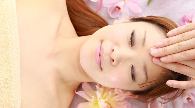 Sproščanje z reiki terapijo (foto: Shutterstock)