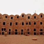 Sahara - večnadstropne hiše iz blata (foto: Davor Rostuhar)