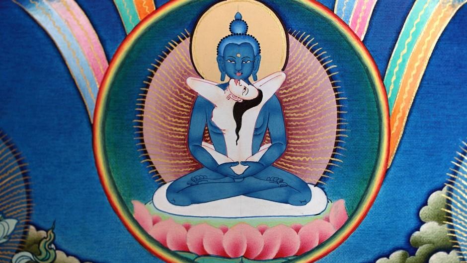 Moški Buddha ima svojo žensko polovico, partnerico, ki ga duhovno dopolnjuje. Yin in yang, narava vesolja. (foto: Profimedia)