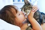 ljubezen-otrok-socutje