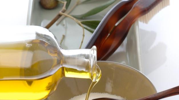 Naravna kozmetika namesto skritih škodljivih kemikalij! (foto: profimedia)