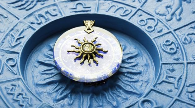 Tedenski horoskop od 27. 2. do 5. 3. 2017 (foto: Shutterstock)