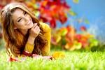 smeh-jesen-zenska-veselje