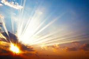 sonce-nebo-svetloba