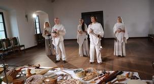 Promocijski koncert ansambla Vedun ob izidu novih zgoščenk