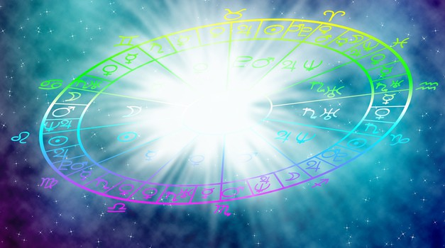 Veliki letni horoskop 2016: Obširne napovedi za vsako znamenje (foto: Shutterstock)