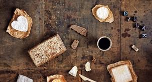 Pripravite doma: Polnovredni kruh Divjak vzhajan z divjimi kvasovkami
