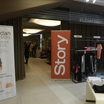Blagovnica Maxi je eden najbolj priljubljenih nakupovalnih središč v Ljubljani, tokrat pa je k sodelovanju povabila še tednik Story. (foto: Primož Predalič)