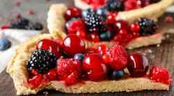 Recept: : Veganska pita z gozdnimi sadeži