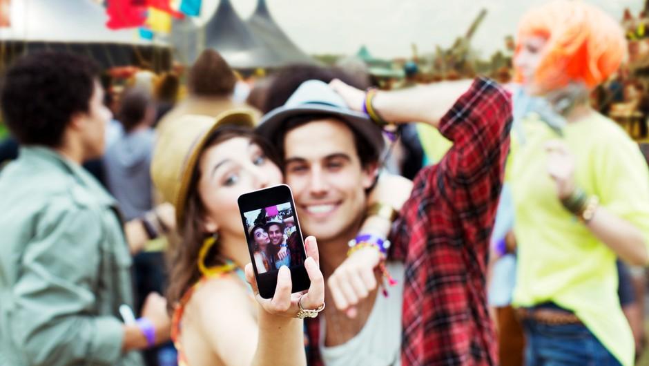 Paradoks pametnih telefonov: Oropajo nas najlepšega (foto: Profimedia)