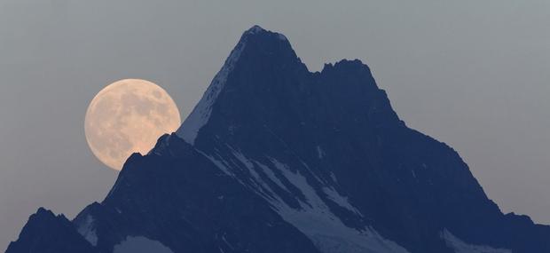 Prihaja največja super luna stoletja