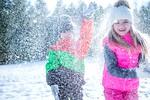 otroci-sneg-kepanje
