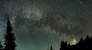 Galaktično antisredišče: Povezovanje nasprotij življenja in partnerskih odnosov v celoto