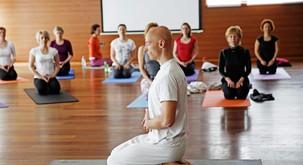 Sensa joga vikend v Bohinju z Robertom Hönnom