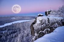 polna-luna-zima