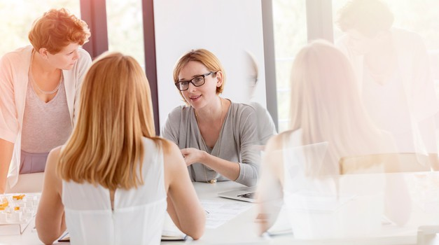 4 načini, kako ostati mirni, ko ste prisiljeni biti z negativnimi ljudmi (foto: profimedia)