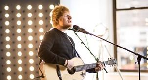 """Ed Sheeran: """"Sprejmite se. Biti čuden je čudovita stvar."""""""