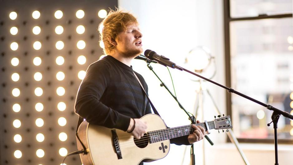 """Ed Sheeran: """"Sprejmite se. Biti čuden je čudovita stvar."""" (foto: profimedia)"""