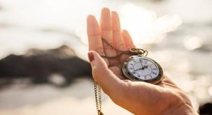 Kitajska telesna ura, ki razkriva, kdaj naj bi jedli, delali, počivali in se ljubili