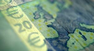 Zgodba: Kdo si želi bankovec za 20 eurov?