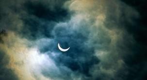Prihaja vpliv Sončevega mrka