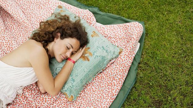20 ajurvedskih nasvetov za zdrav spanec