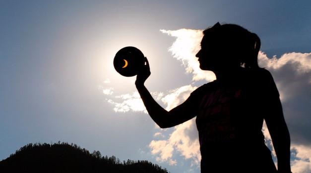 Sončev mrk, lunin mlaj in petek 13. (foto: profimedia)
