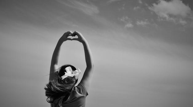 Ko boste vzpostavili ljubeč odnos s seboj, bodo lahko takšni tudi ostali odnosi (foto: unsplash)