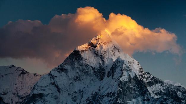 """Zgodba iz Nepala: """"Bogat, a reven v mislih"""" (foto: unsplash)"""