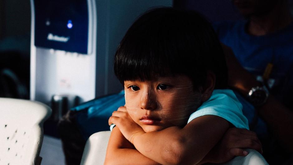 Ko otrok dobi občutek, da ni dovolj dober in vreden (foto: unsplash)