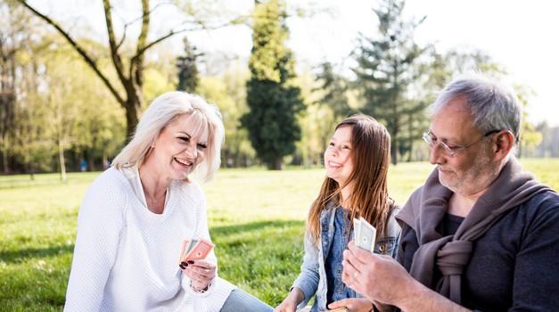 Ali je naša naloga, da rešujemo svoje starše? (foto: profimedia)