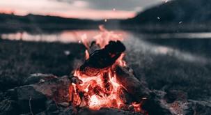 Kaj so počeli naši slovenski predniki ob zimskem solsticiju?
