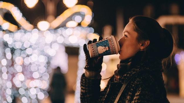 Božična misel: Biti človek ni lahko za nikogar (foto: unsplash)