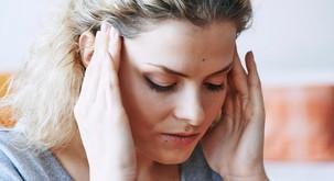 Samo-masaža, ki odpira sinuse in zdravi glavobol
