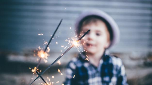 Kako otroku pomagati, da ohranja stik s seboj? (foto: unsplash)