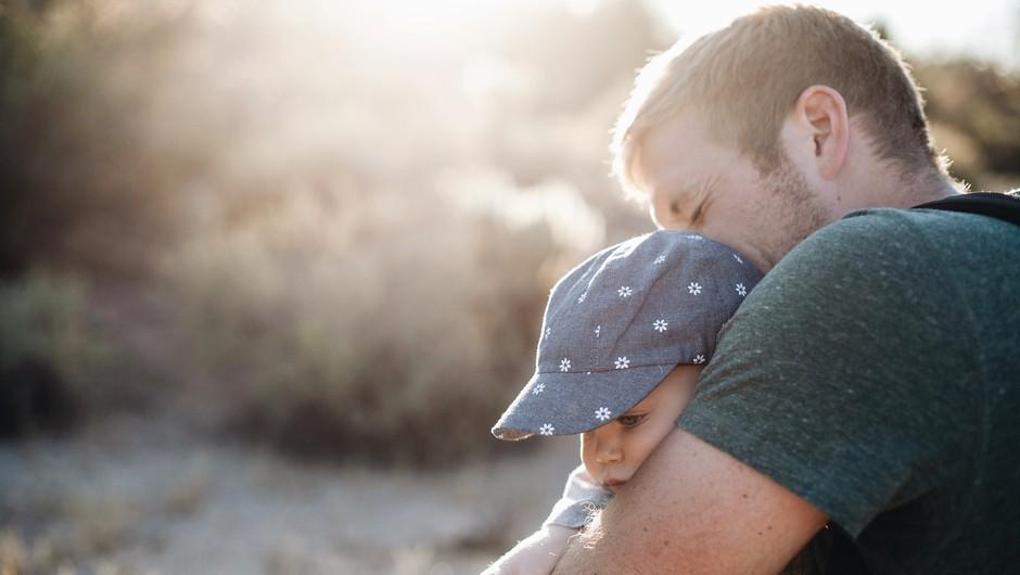 4 težave, ki jih doživljajo ljudje, ki so odraščali v manku ljubezni (foto: pixabay)