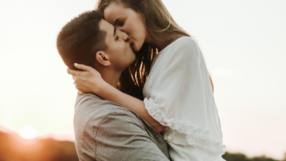 Spolnost naj bi bila izraz največje iskrenosti (foto: unsplash)