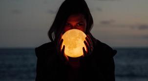 Polna luna v škorpijonu (18. maj) bo močno vplivala na očiščevalne procese