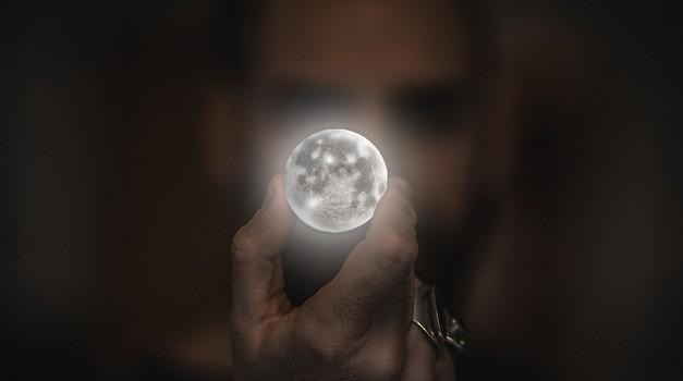 Ritual ob polni luni in luninem mrku v kozorogu (foto: pixabay)