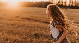 9 razlogov za depresijo, ki izvirajo iz otroštva